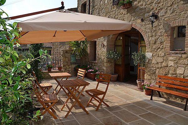 Terra o toscano decoraci n pinterest estilo toscano - Decoracion paredes jardin ...