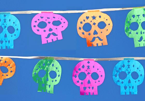 Make You Own Cute Sugar Skull Garlands Dia De Los Muertos Crafts School Art Projects