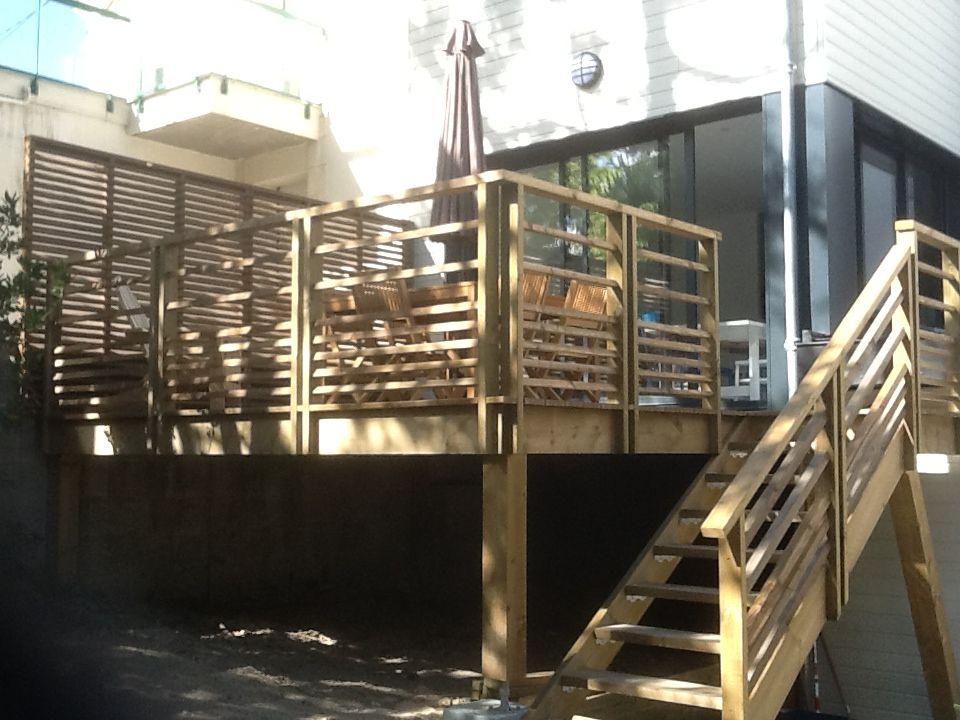 vivanbois terrasse en pin classe 4 sur poteaux escalier exterieure et garde corps en lisses. Black Bedroom Furniture Sets. Home Design Ideas