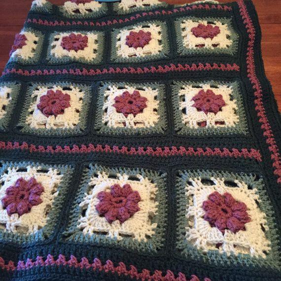 Handmade item tiffany rose crochet afghan material acrylic yarn handmade item tiffany rose crochet afghan material acrylic yarn colors rose off white dt1010fo