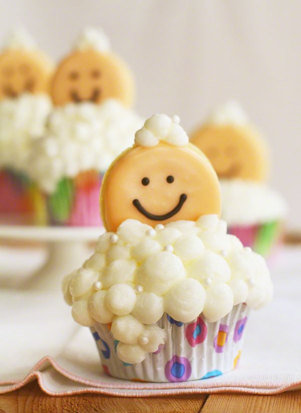 Bubbly Baby Cupcakes from iambaker.net   Perfect for a baby shower!!