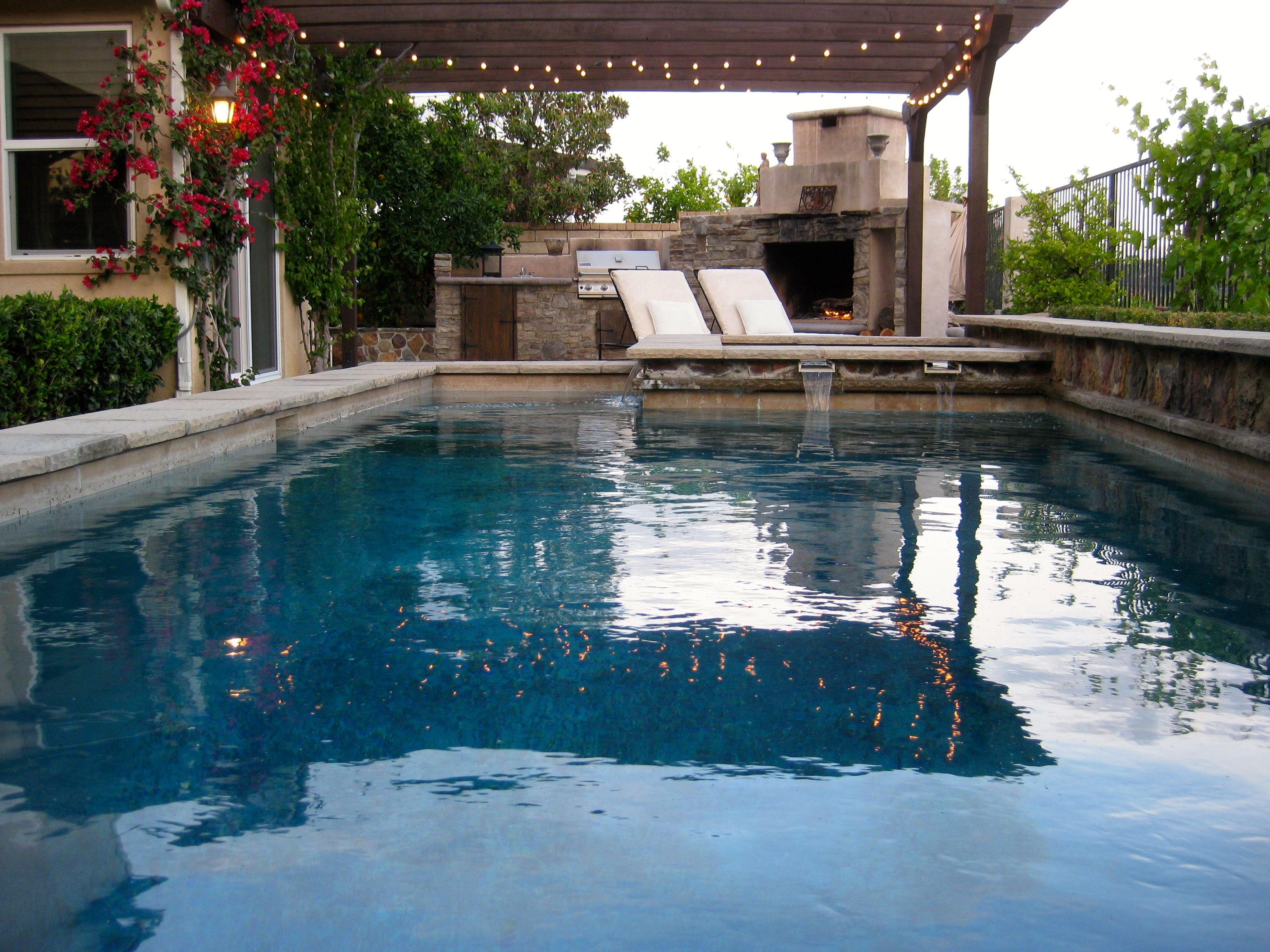 Raised Wall pool