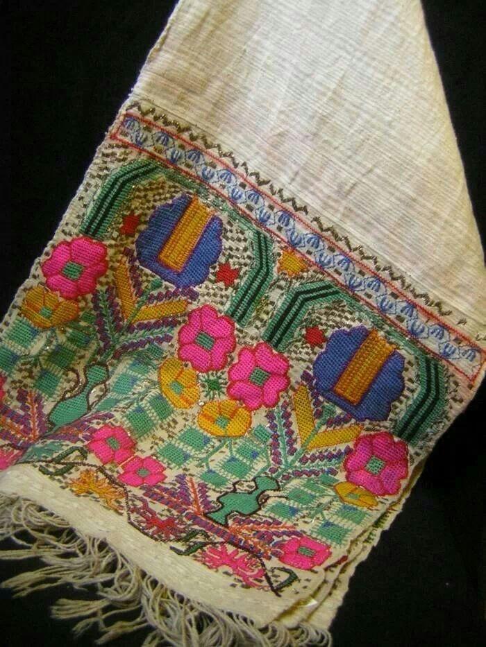 Turkısh traditional handmade needlework, Period; Ottoman.