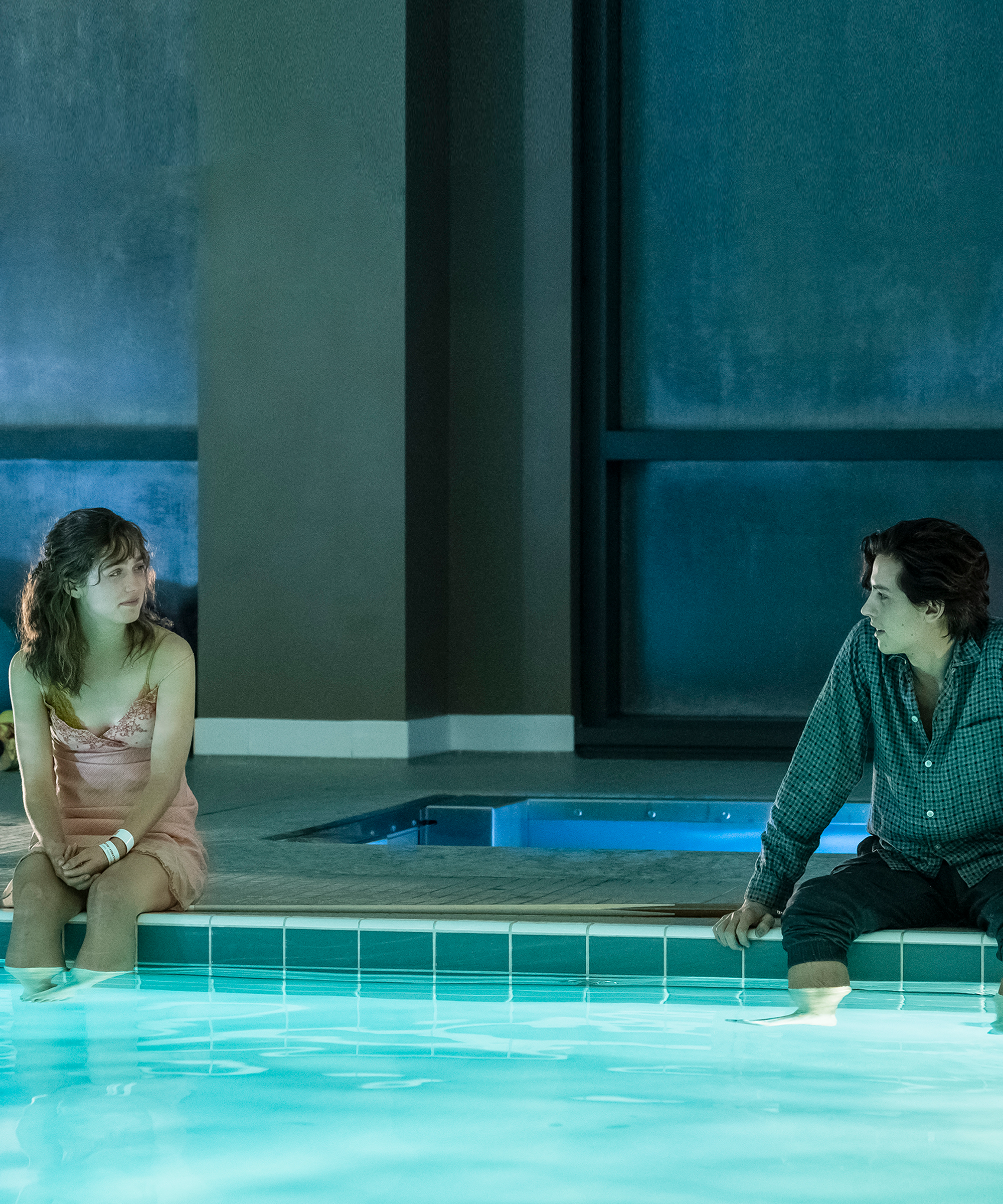 "Five Feet Apart Kitap: The Devastating Ending Of ""Five Feet Apart"", Explained In"