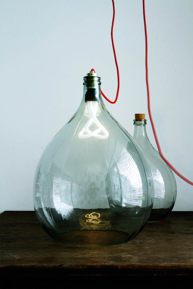 Lights do it yourself pinterest wine storage bulbs and bottle 30 amazing diy bottle lamp ideas would be great for rustic bedroom solutioingenieria Gallery