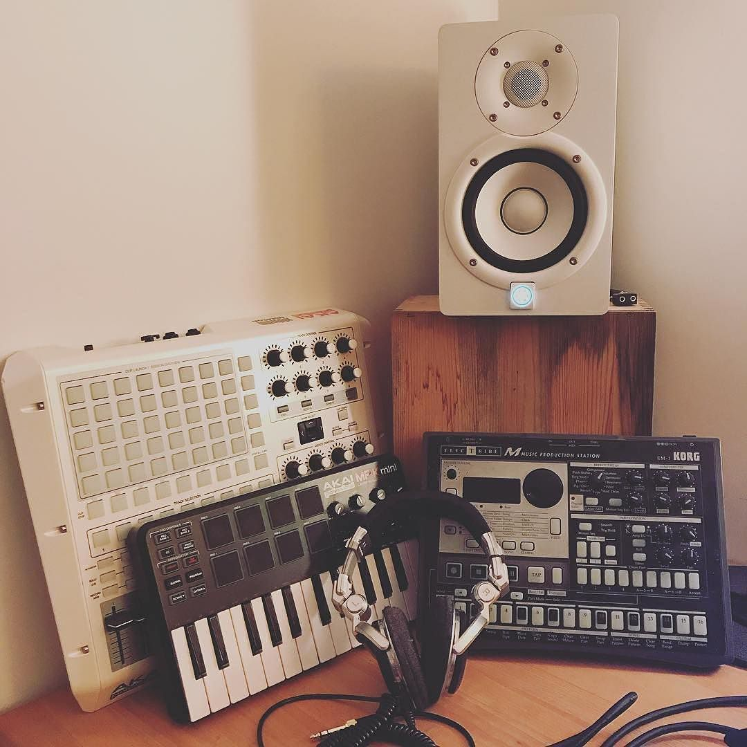 Repost @the_ificials Old and new in our little home studio ... on