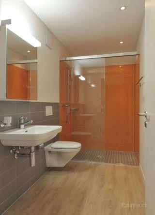 Mietwohnungen Badezimmer Dusche Glasschiebetüre Bad Pinterest - schiebetüren für badezimmer