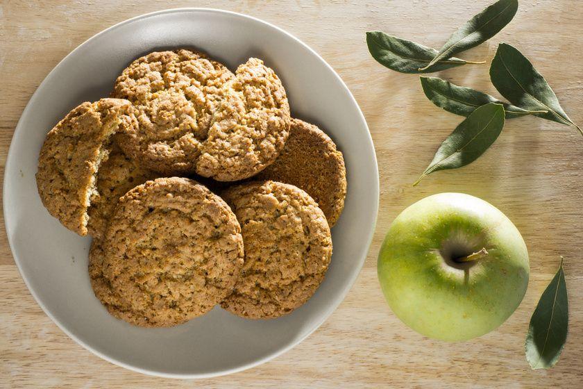 Bögrés almás-zabpelyhes keksz 30 perc alatt, cukor nélkül - Olyan puha lesz, hogy szétolvad a szádban