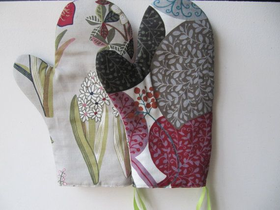 Comfortable Heat Safe Hand Made Kitchen Mittens Ready To Ship Made Amazing Kitchen Mittens Decorating Design