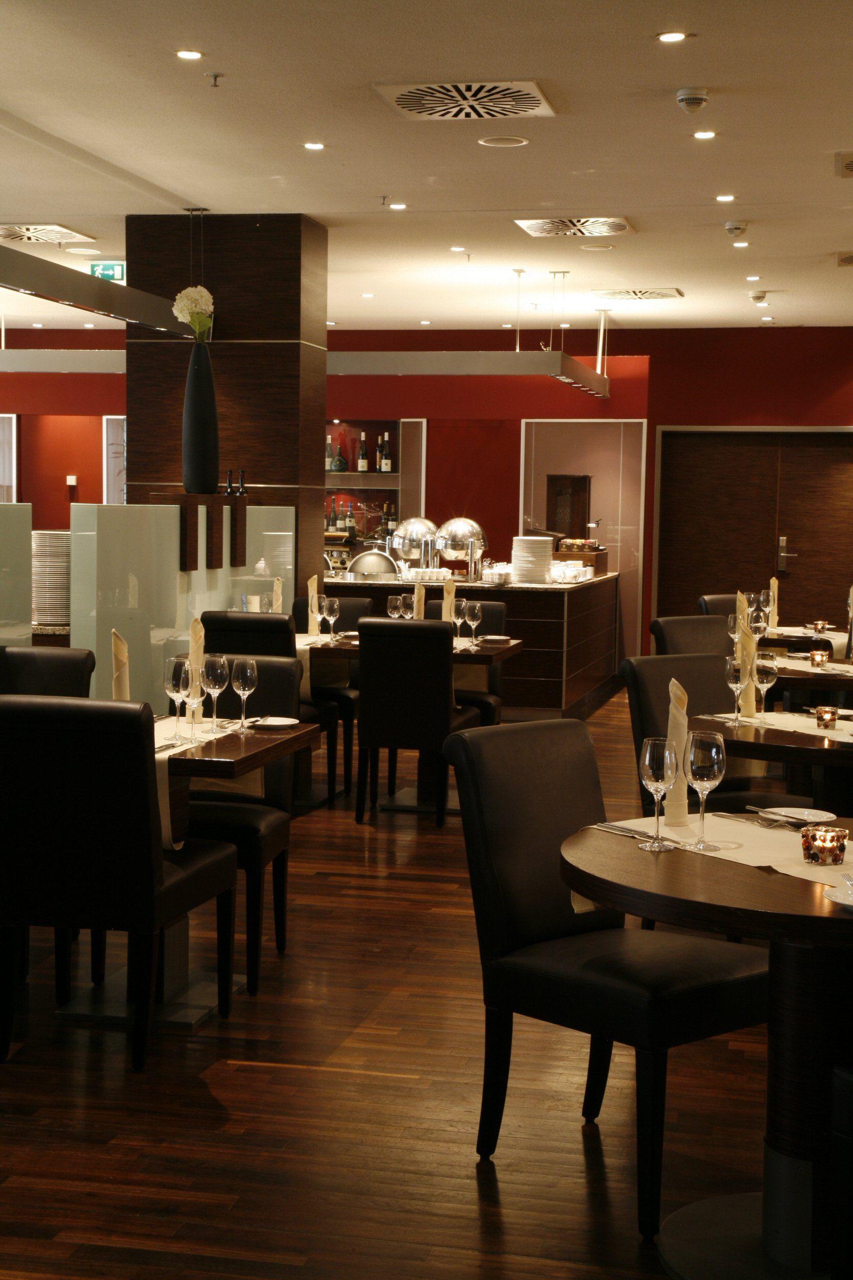 Konrad Restaurant Hotel Restaurant Hilton