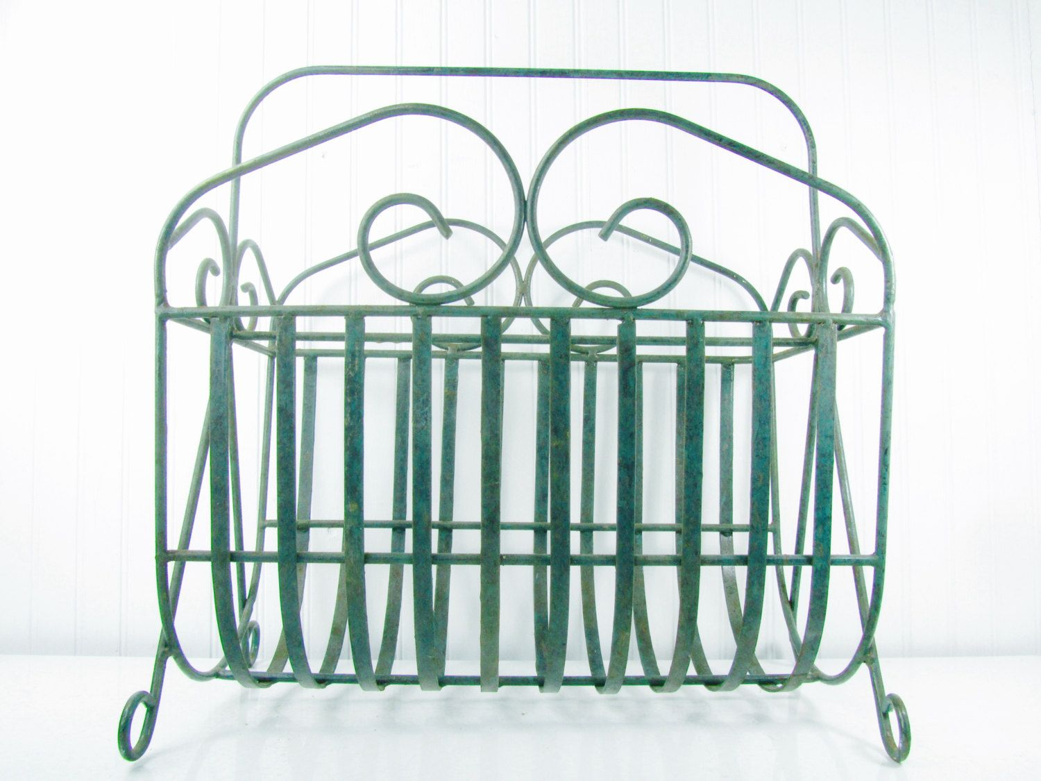 Magazine holder,magazine rack, organizer,wrought iron, green ,metal ...