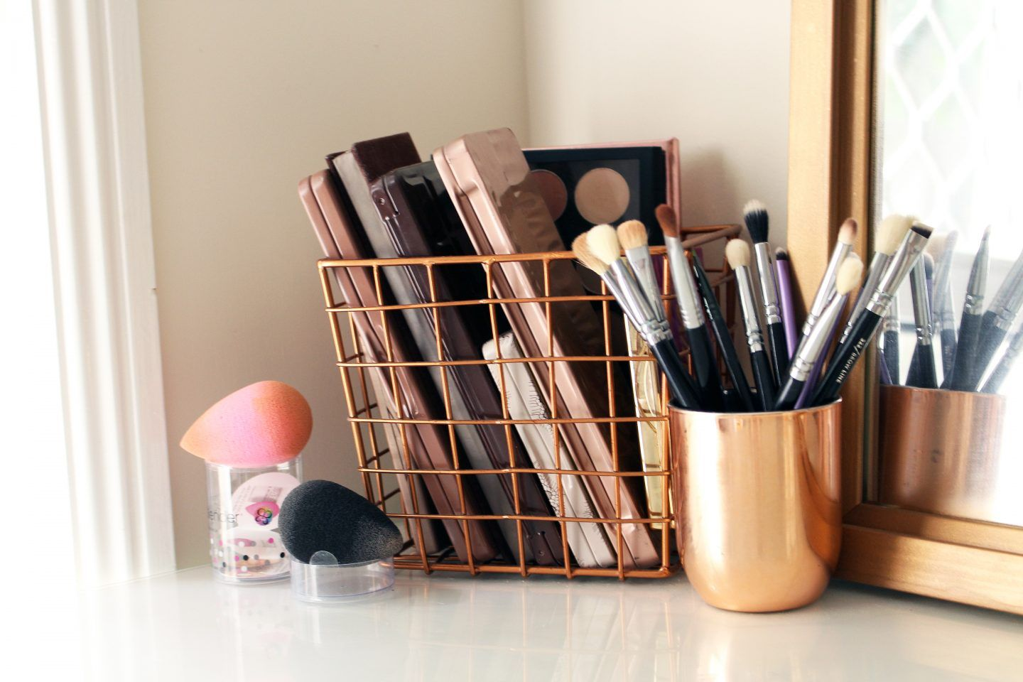 How To Organize & Display Makeup Product In Cool Ways images