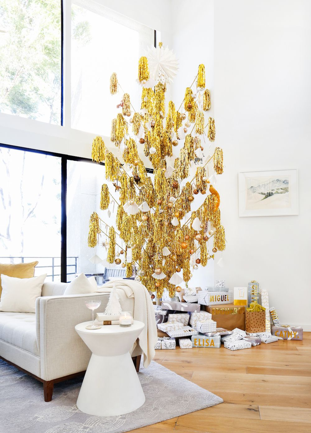 Christmas Eve Ideas for a Festive Gathering   Gold christmas, Gold ...