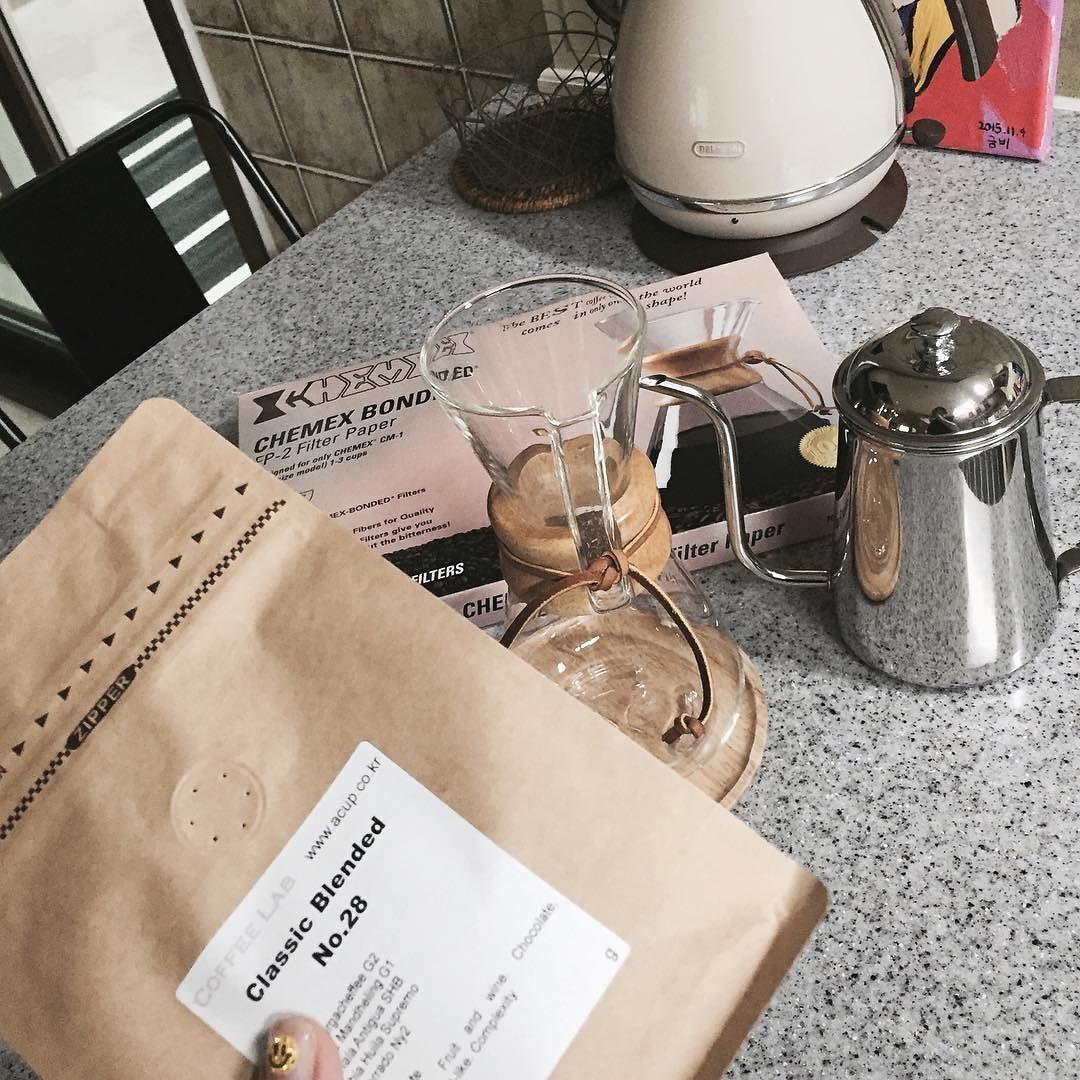 #준비완료 #케멕스#드립커피#커피한잔 #chemex#dripcoffee #커피스타그램 #instadaily #줌스타그램#힐링 #home #20160524 #향기가득 http://ift.tt/1U25kLY