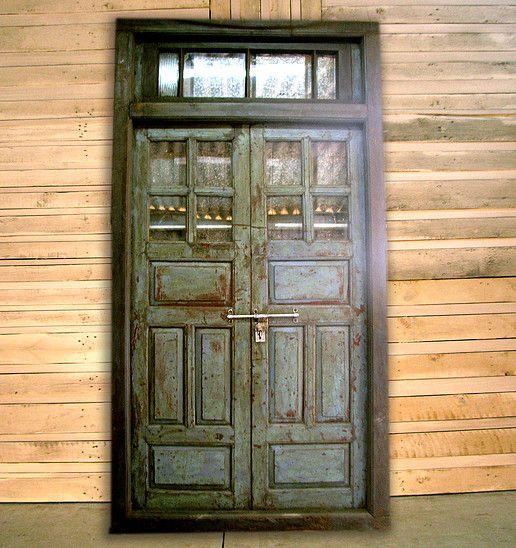 להפליא דלתות יד 2 ישנות עתיקות מפירוק תריסים חפצים וינטג', צפון גליל HP-59