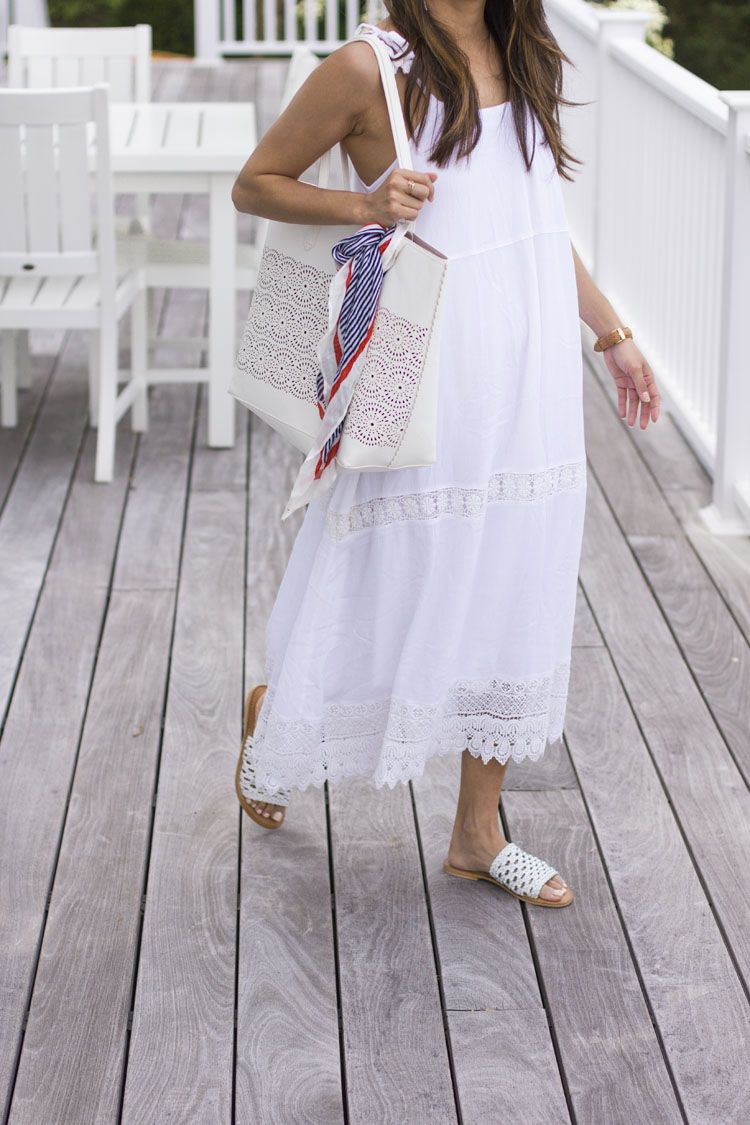 What To Wear For The 4th Of July The View From 5 Ft 2 Summer Maxi Dress White Maxi Dress Summer Maxi Dress Navy [ 1125 x 750 Pixel ]