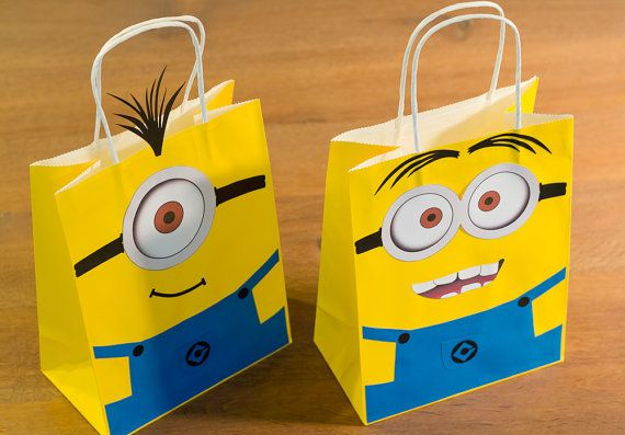 minion party favor bags goodie bags set of by. Black Bedroom Furniture Sets. Home Design Ideas