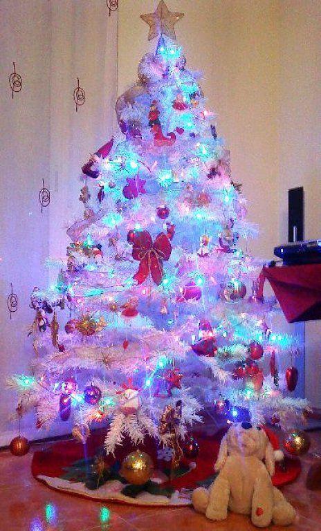 Fluoriserende kerstboom kerstmis pinterest for Imagenes de arbolitos de navidad adornados