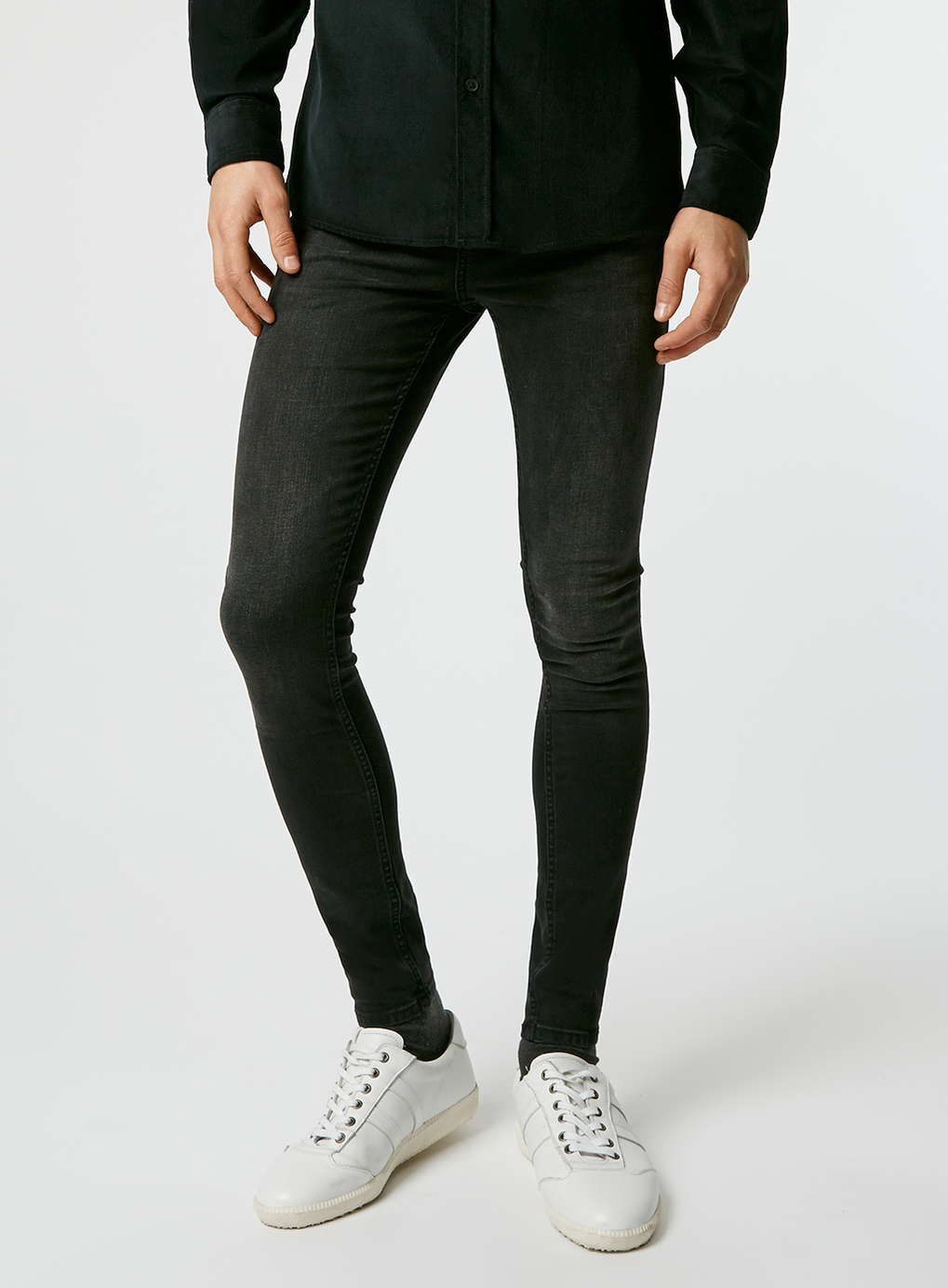 d46b01045d003 Jeans for Abe. Black jeans in order to replace the vibrant blues of ...