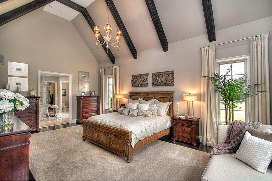 A master bedroom fit for a kingor