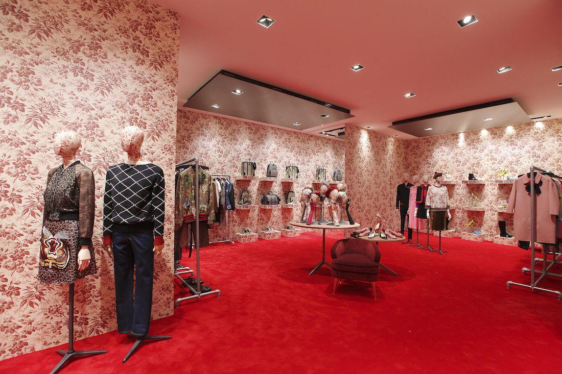 7082dec6a3a Gucci-pop-up-store-shanghai-1