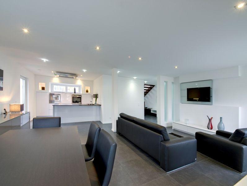 Fertighaus   Wohnideen Wohnzimmer #Haus #Fertighaus #modern #offen #Licht  #Beleuchtung #Wohnzimmer #Esszimmer #Küche