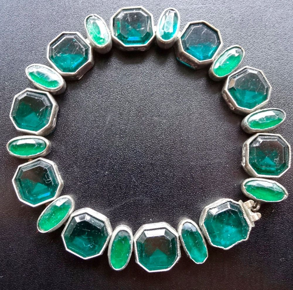 vintage art deco green glass rhinestone silver tone open set panel bracelet -N43