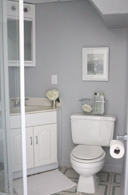 Wall Color For Gray And White Bathroom
