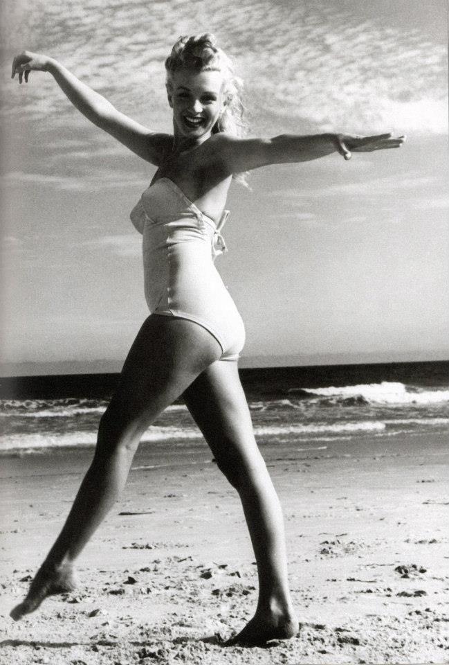 Resultado de imagen para Marilyn en la playa