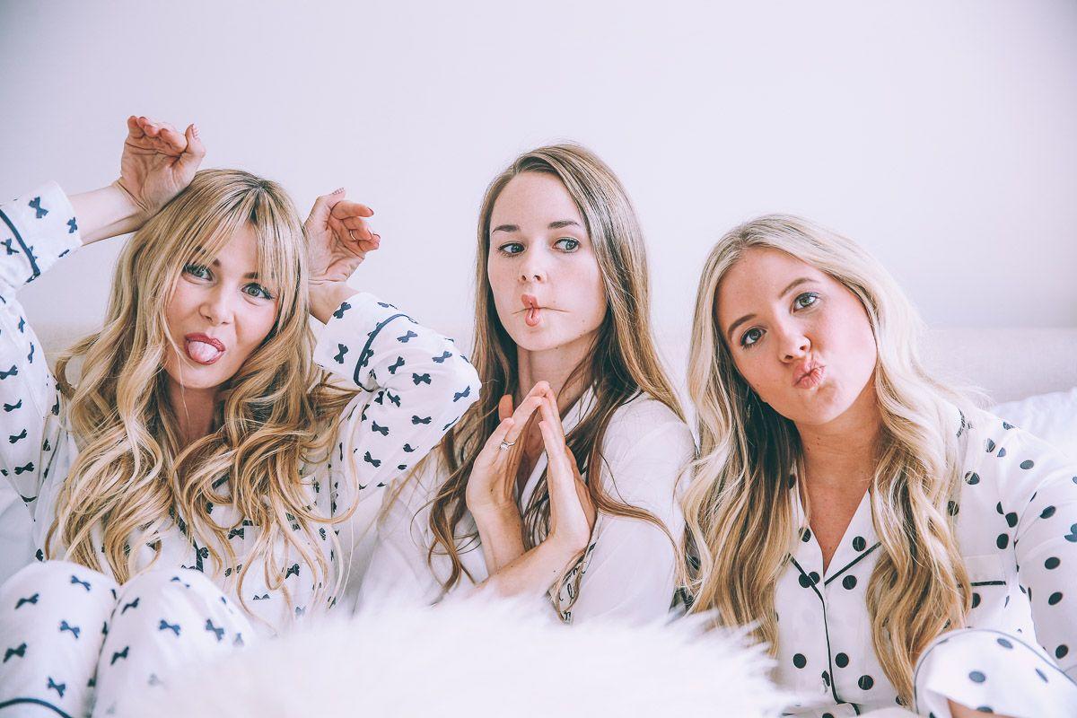 Pyjama party girls