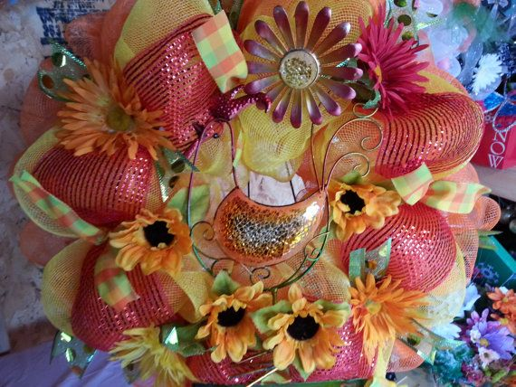 Rooster wreath by meshwreathsandmore on Etsy, $45.00