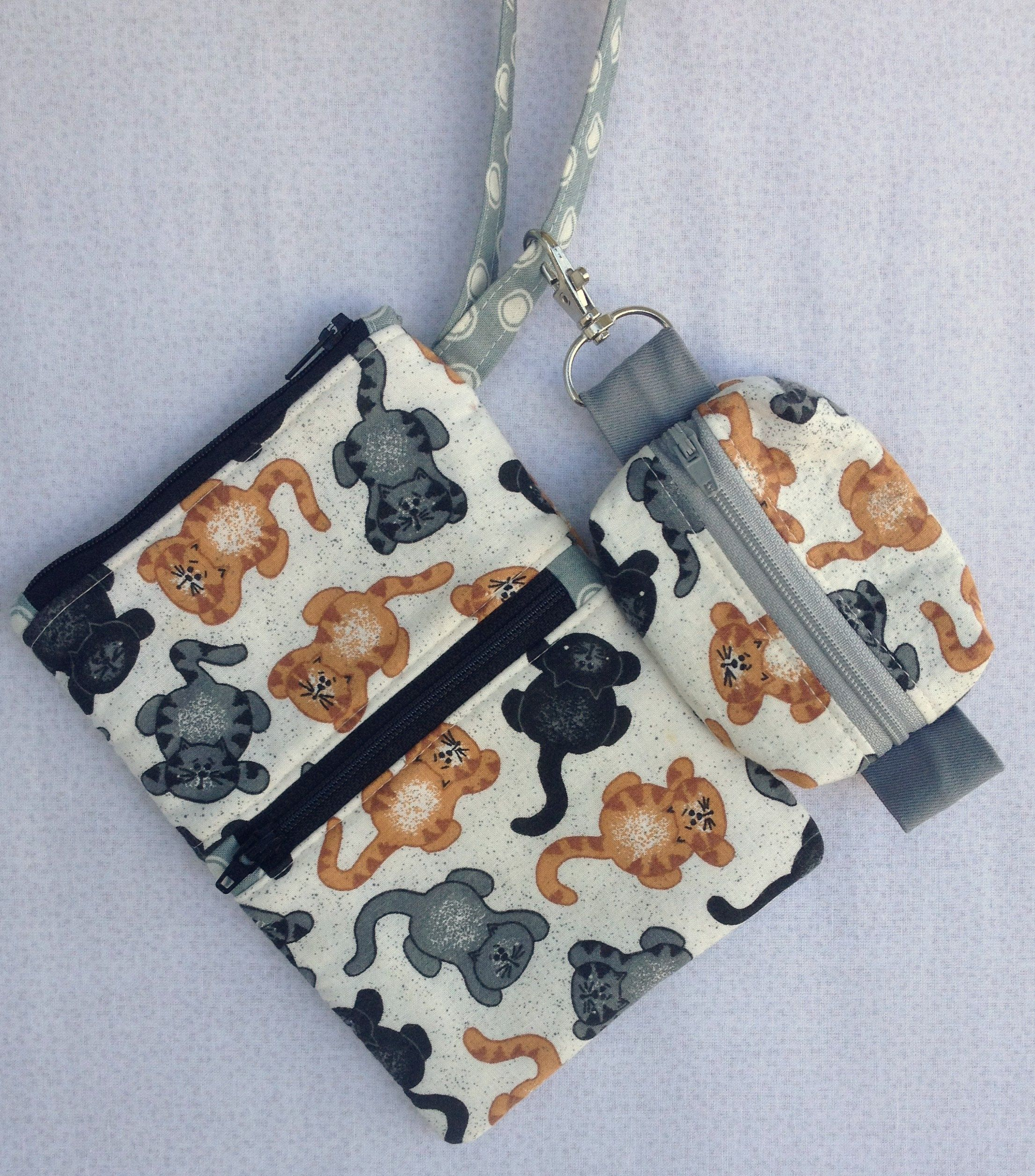 d6589301da Set of 2: Cats Theme Handmade, Cotton Wristlet/Cell Phone Pouch & Matching Zipper  Pouch/Change Purse/Key Ring by Buanhandmade on Etsy
