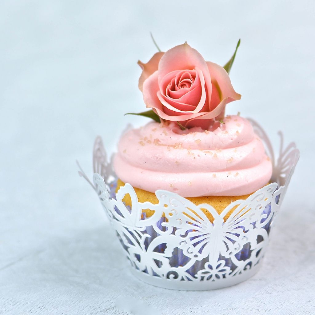 Rose Water & Vanilla Bean Cupcakes