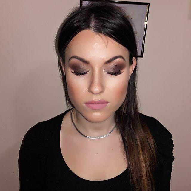 Glam Transformation by @makeupby_jelenajovic83 Share your looks to be featured #GlamExpres #anastasiabeverlyhills #modernrenaissance  #gerardmilehigh #beauty #beautyblogger #bblogger #undiscoveredmuas #mua #beautyguru #makeupartist #slave2beauty #makeup #makeupslaves #fashionblogger #wakeupandmakeup #makeupbymario #hudabeauty #norvina #batalash #makeupartistsworldwide #anastasiabeverlyhills #jaclynhill