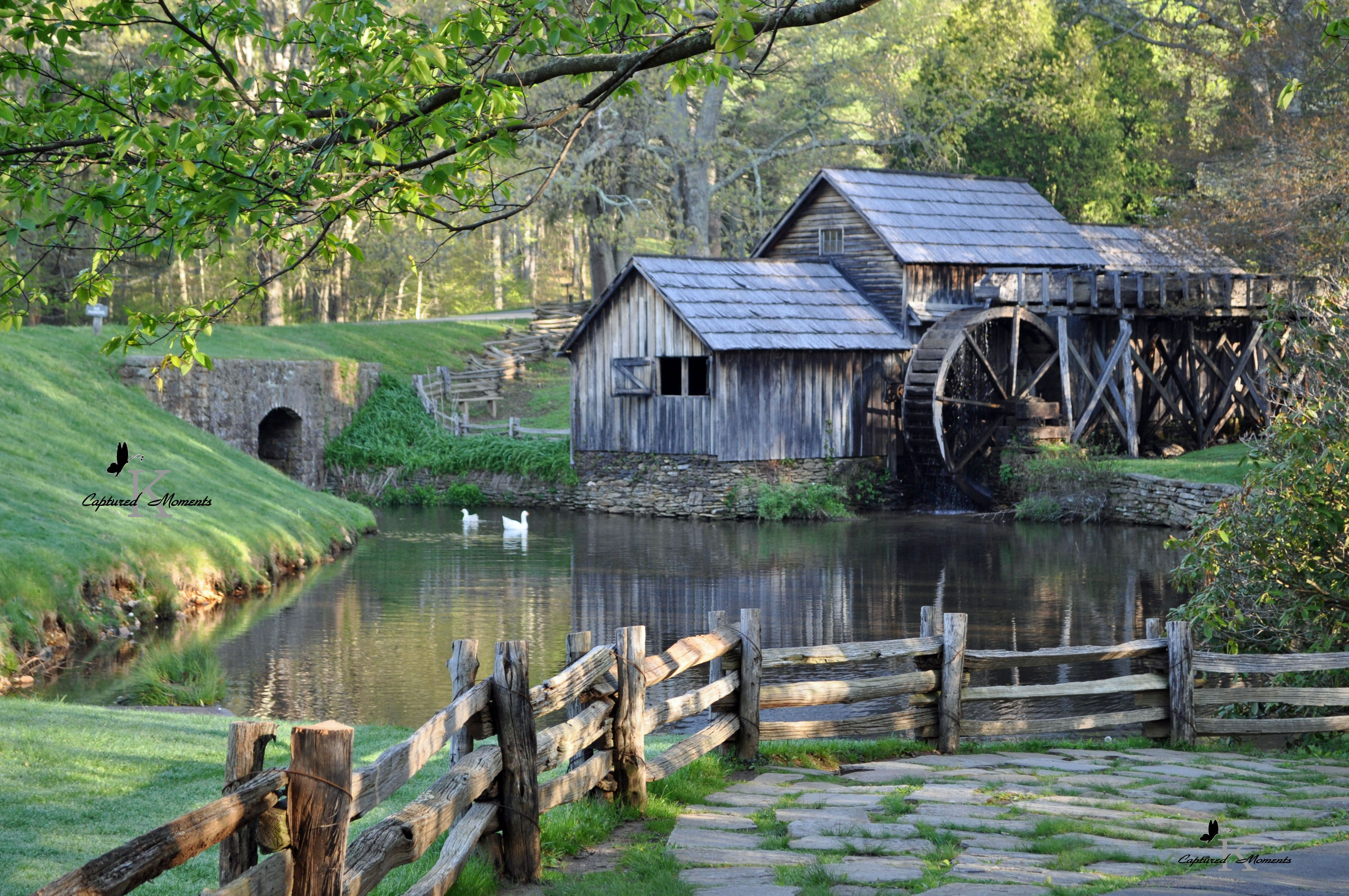Mabry Mill Is A Watermill Located On Blue Ridge Parkway Virginia - Virginia location in usa