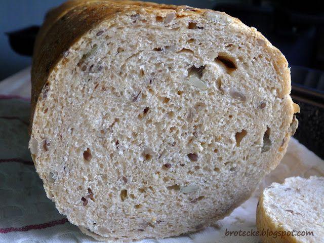 Dagmar's brotecke: Runder Toast mit Saaten