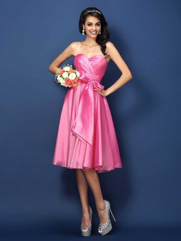 A-Line/Princess Sweetheart Bowknot Sleeveless Knee-Length Taffeta ...