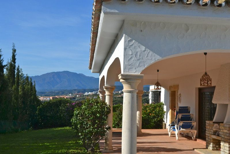http://www.property-management-marbella.com/holiday-lets ...