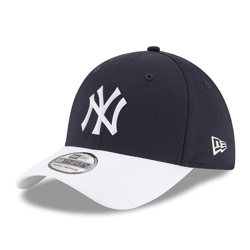 35a940867bc9d8 Men's New Era Navy New York Yankees 2018 On-Field Prolight Batting Practice  39THIRTY Flex Hat