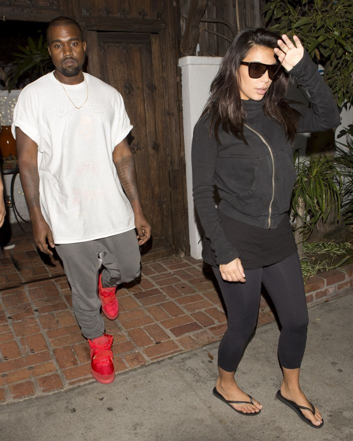 Kanye West Hasn T Thrown Out All His Nikes Here S Why Kim Kardashian And Kanye Kanye West Fashion
