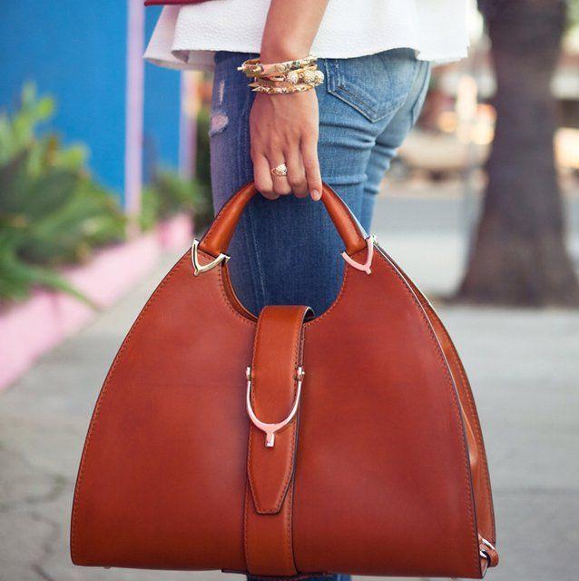Fancy - Gucci stirrup top handle bag