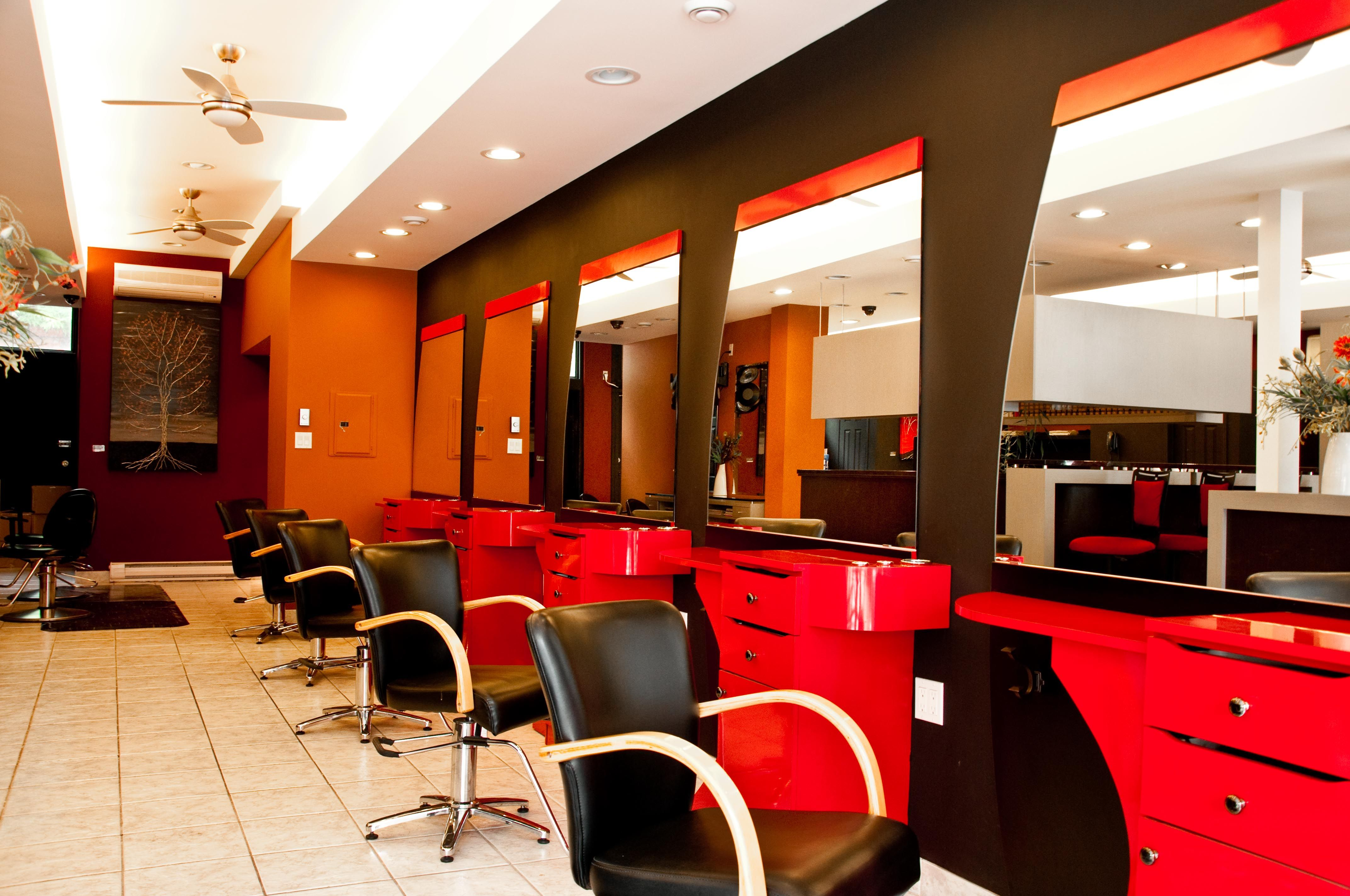 White hair salon chairs - I Wanna Have A Salon That Looks Just Like This When I Finally Pursue My Dreams