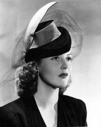 Actress Julie Bishop 1943
