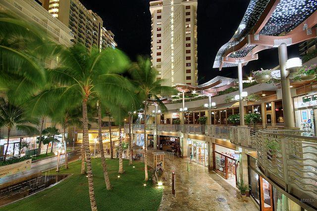 The Shops Of Waikiki Beach Walk Waikiki Beach Hawaii