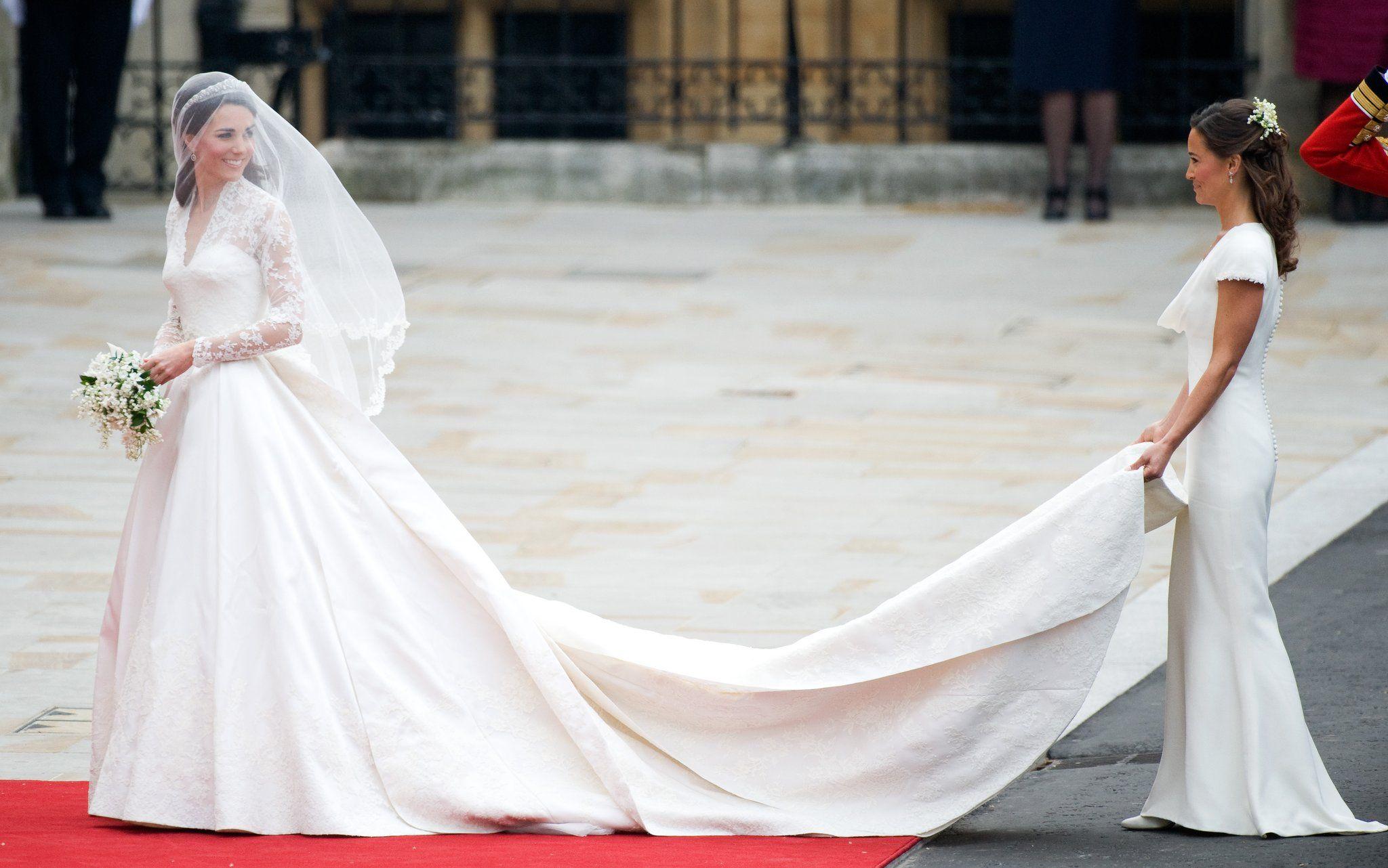 Sarah burton wedding dress  When She Chose a Custom Sarah Burton For Alexander McQueen Wedding