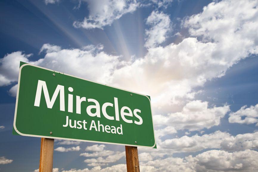 """Ser congruente, é basicamente ser integro(a) em tudo aquilo que fazes, ao longo de toda a mensagem, desde o que pensas, o que dizes, as tuas ações – tudo deve estar congruente!  Quando estás completamente seguro, bem, feliz, quando há harmonia e tudo é coerente, os """"milagres"""" começam a acontecer!  Parece que de repente tudo começa a acontecer: http://atrairmaisrendimento.com/afinal-ha-milagres  +info: http://atrairclientes.com/"""