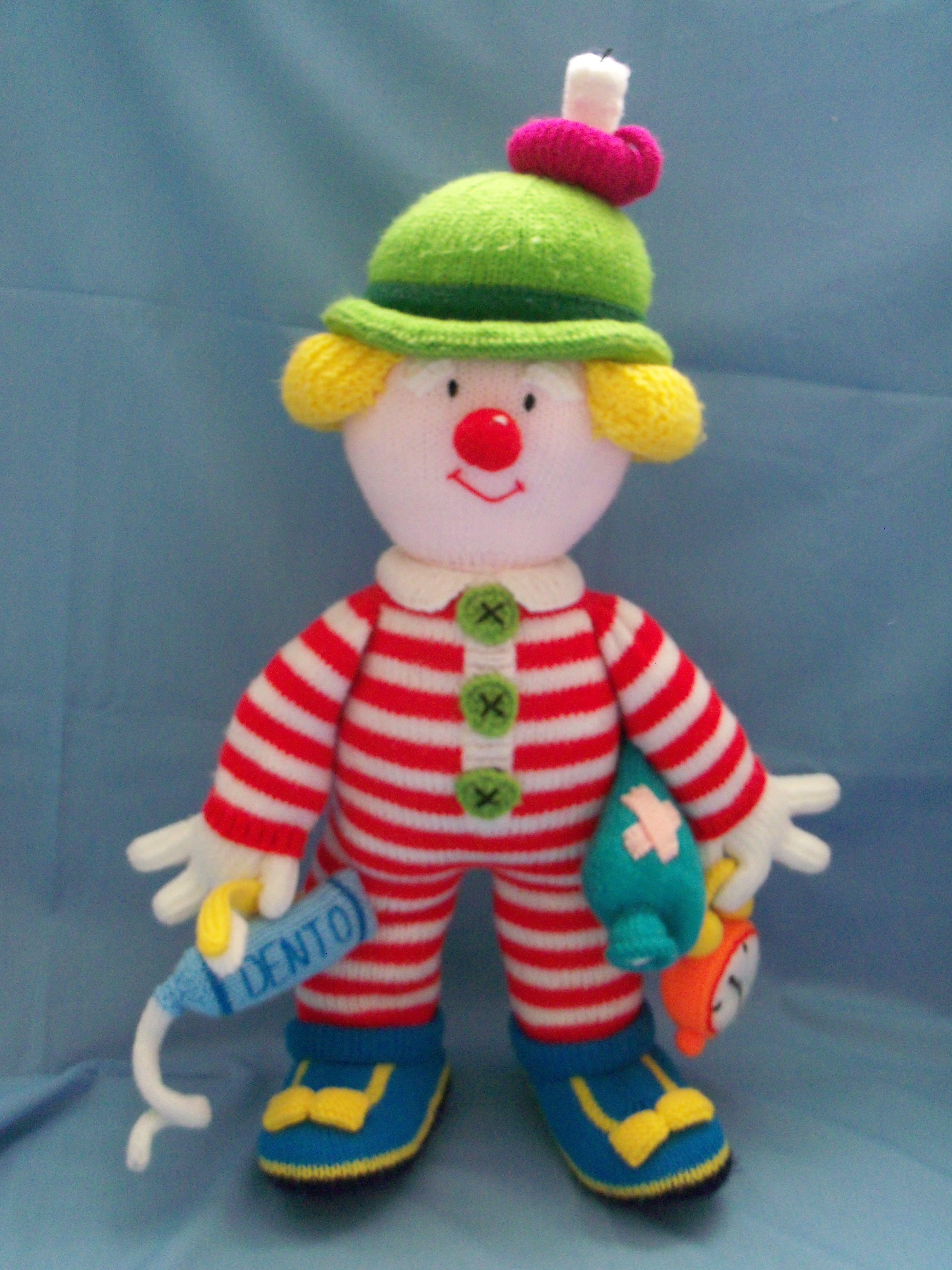 Mr Forty Winks - pattern taken from Jean Greenhowe - Knitted clowns ...