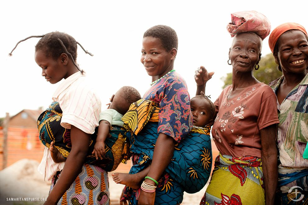 She's beautiful. Mothers in the Democratic Republic of Congo (DRC)