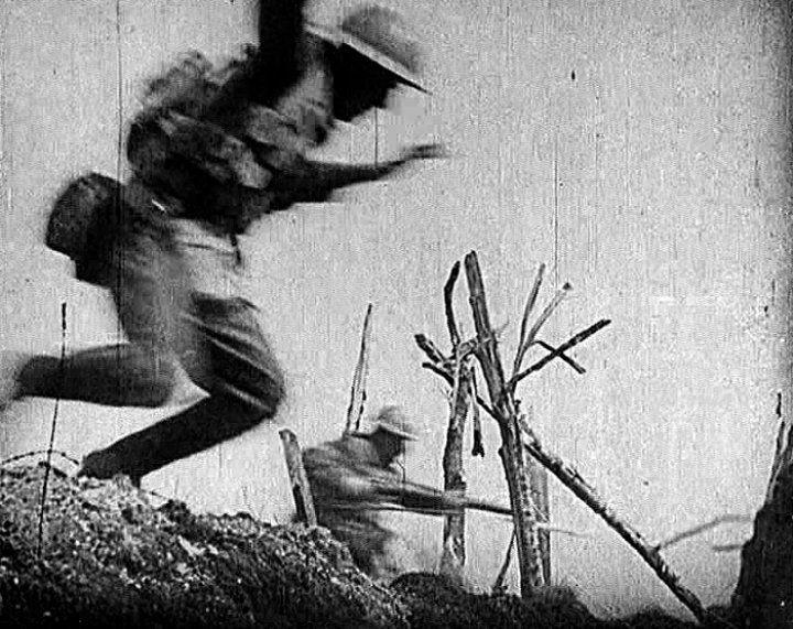 WWI: 10 Telling Images - British Pathé Battle for survival