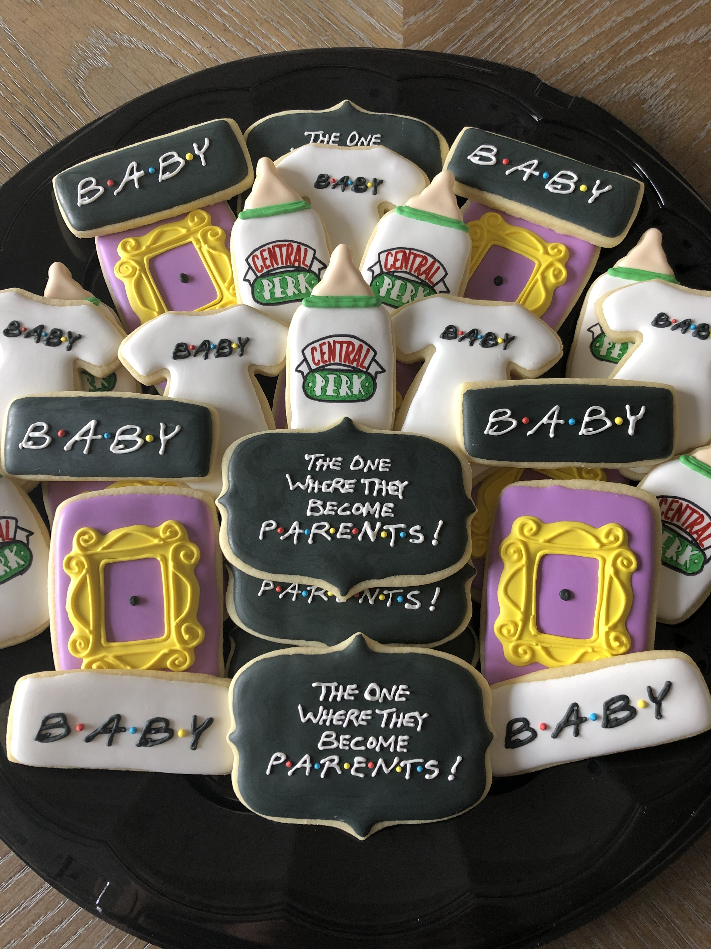 Friends Themed Baby Shower Cookies Baby Shower Announcement Summer Baby Shower Themes Hunting Baby Shower Theme